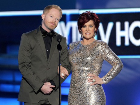 Sharon Osbourne with Jesse Tyler Ferguson presenting at the 2012 People's Choice Awards on Exshoesme