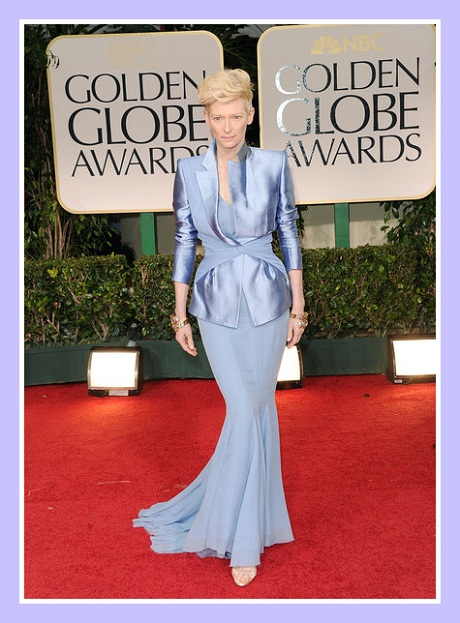 Tilda Swinton in Haider Ackermann at the 2012 Golden Globe Awards on Exshoesme.com