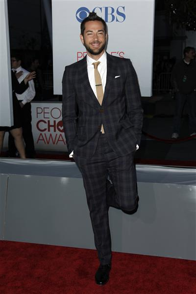 Zachary Levi in Vivienne Westwood at the 2012 People's Choice Awards on Exshoesme.com