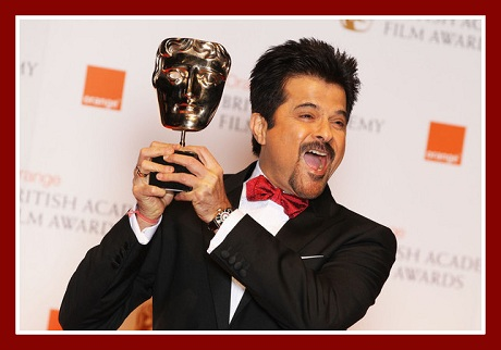 Anil Kapoor hamming it up at the 2012 BAFTA Awards on Exshoesme.com