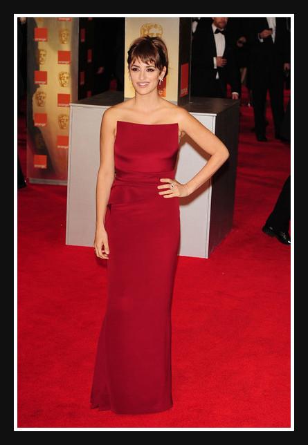 Penelope Cruz in Armani Privé at the 2012 BAFTA Awards on Exshoesme.com