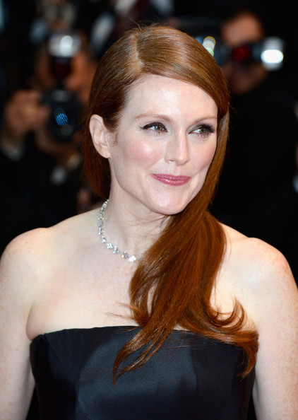 Julianne Moore at the Cannes 2013 Opening Ceremony on Exshoesme.com. Photo Pascal Le Segretain
