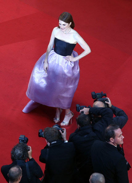 Julianne Moore in Dior Couture at the Cannes 2013 Opening Ceremony on Exshoesme.com. Photo Andreas Rentz