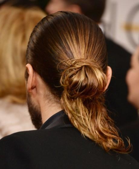 Jared Leto's man bun at the 2014 Golden Globe Awards on Exshoesme.com. Jason Merritt photo.