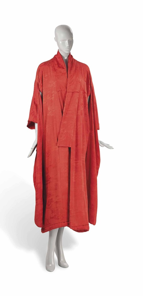 Lot 72 KIMONO , JAPON, XXEME SIECLE © Christie's Images Limited 2014