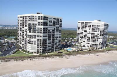 Condos For Sale in Islandia - Jensen Beach Real Estate