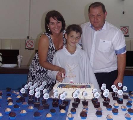 Joel com a mulher Andreia e o filho Igor