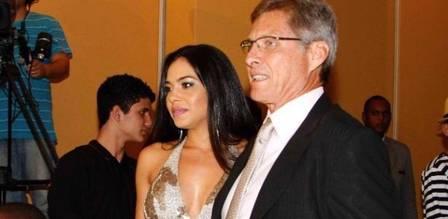 Oswaldo de oliveira com a mulher, Jeniffer Setti
