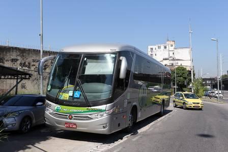 O ônibus invadido pelo suspeito