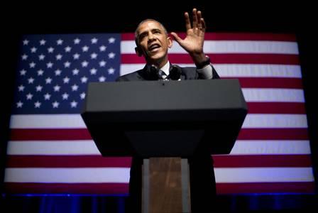 Barack Obama sabe usar a linguagem corporal: a palma da mão voltada para o público passa uma sensação de sinceridade