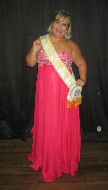 Simone participou de concurso de beleza plus size no início de agosto