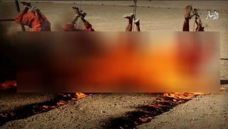 Os quatro homens foram queimados vivos