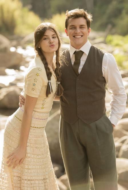"""Klebber e Camila Queiroz, colega de """"Êta mundo bom!"""""""