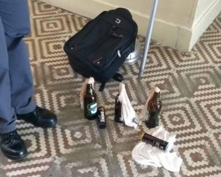 Coquetéis molotov encontrados na escola em Suzano, na Grande São Paulo