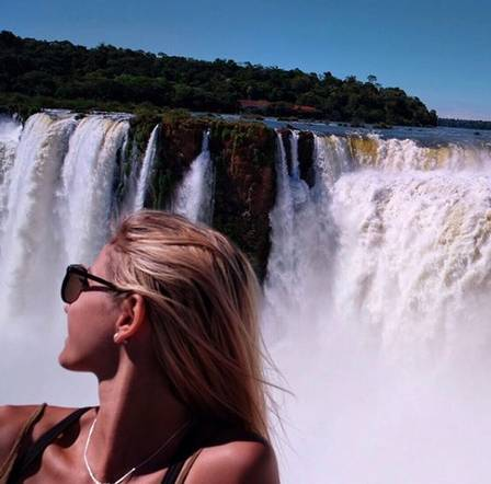 Lexie nas Cataratas do Iguaçu
