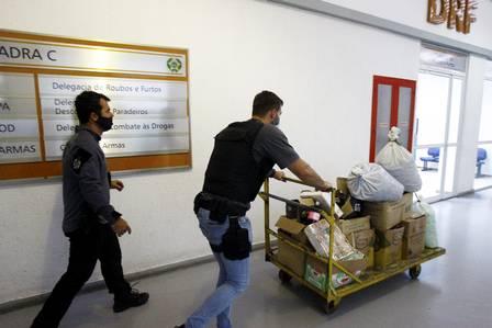 Policiais civis em ação: governo do estado pretende abrir 864 vagas para reforçar efetivo