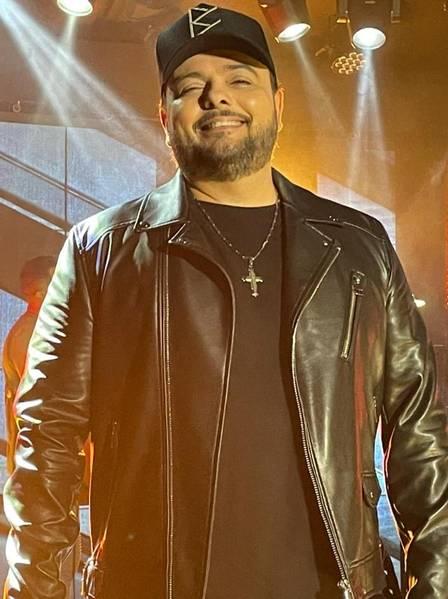 O cantor Luis Mauro