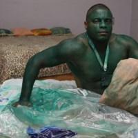 Pintou-se à Hulk e a tinta não sai!