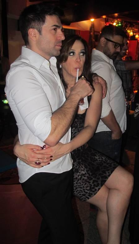 Claudia Raia e o namorado