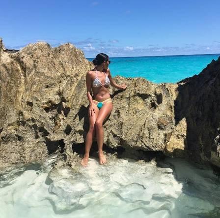 Isabelle Lagacé em Horseshoe Bay, nas Bermudas