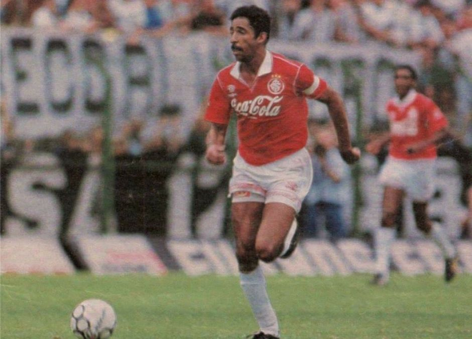 Gérson da Silva, destaque do Internacional na conquista da Copa do Brasil de 1992.