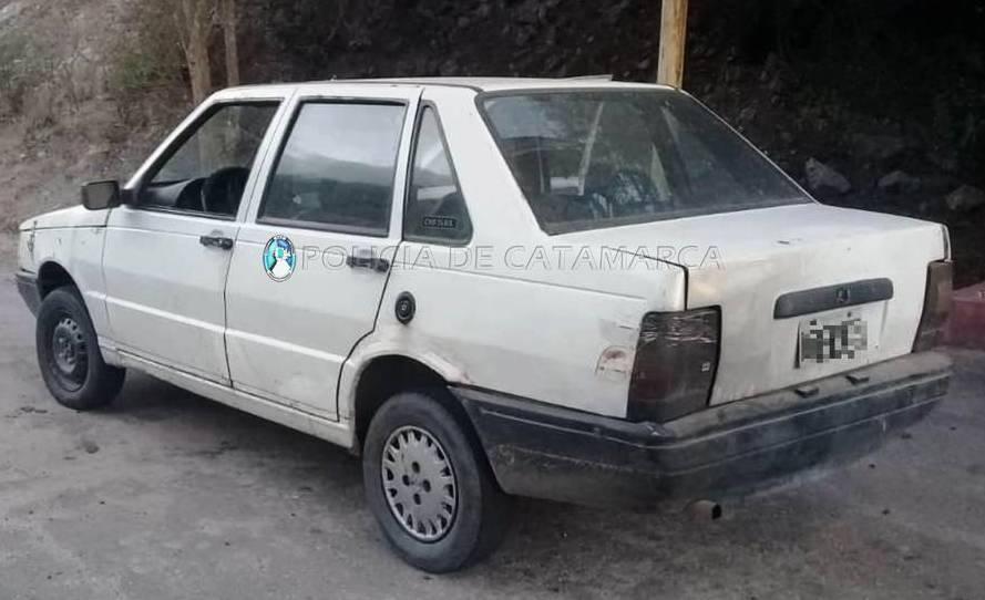 Secuestran un automóvil y droga en un Puesto Caminero de Ambato