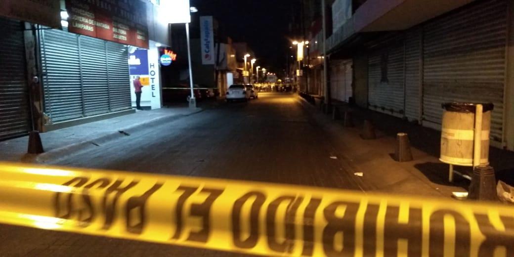 Atacan a balazos a dos taxistas en Culiacán, muere uno