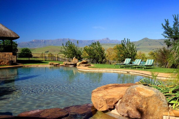Montusi Mountain Lodge Pool