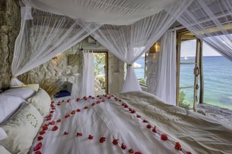Bedroom at Kaya Mawa Lake Malawi