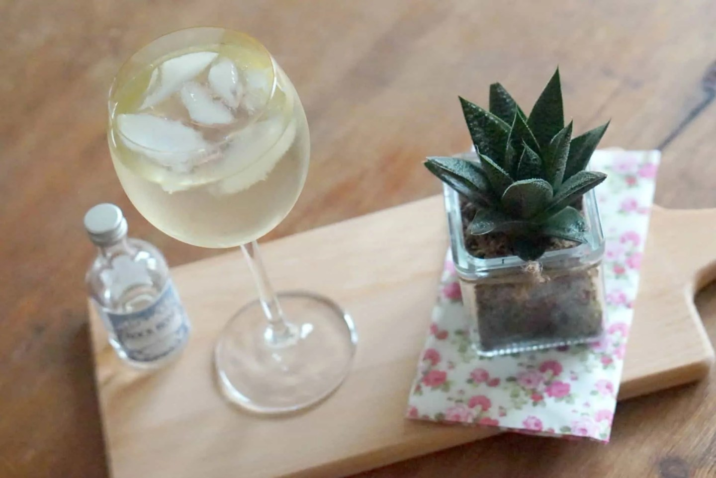 My Weekly Round Up, Planning,Discovering Gin, And My Current Gin Faves