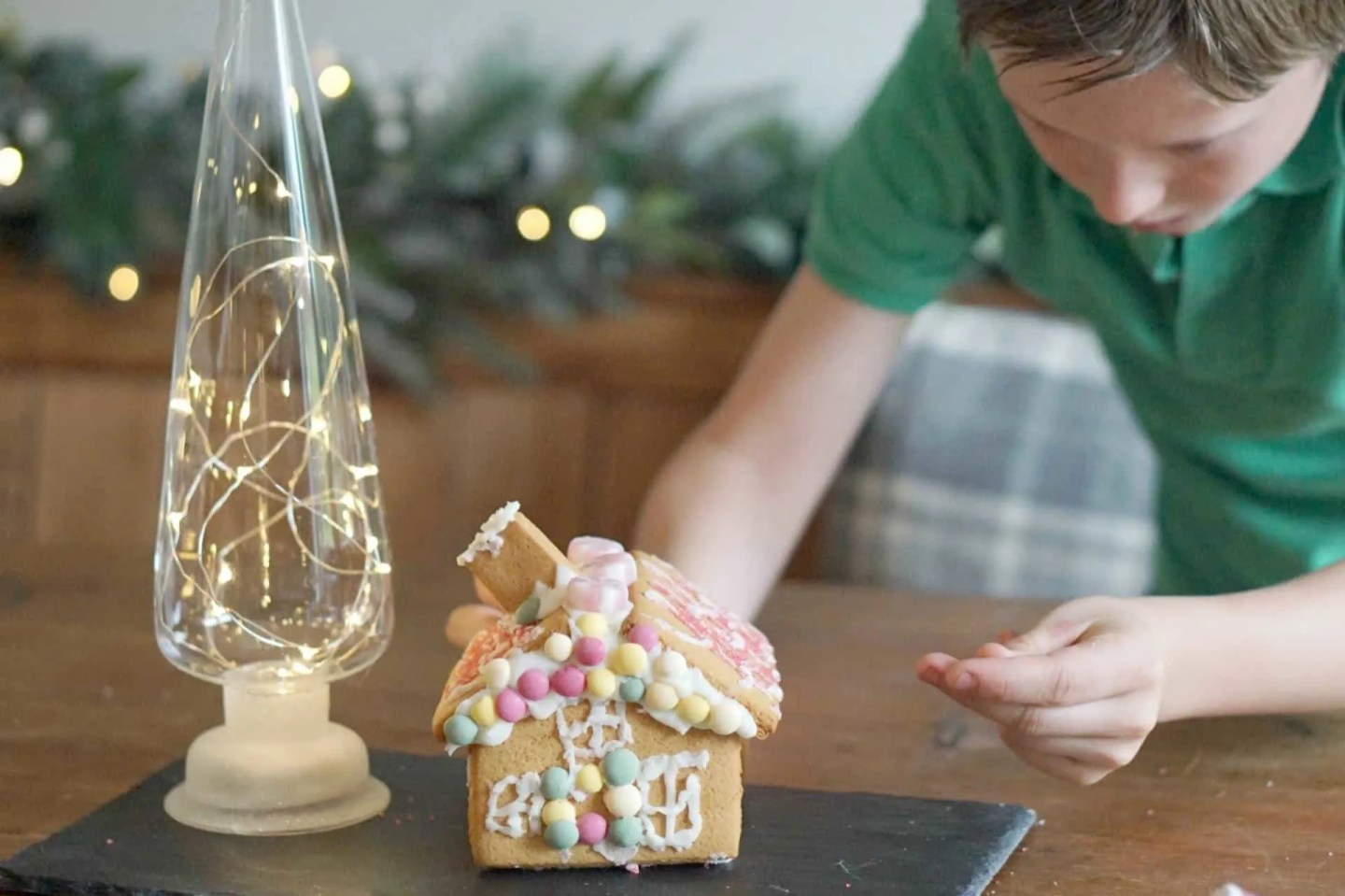 Building Gingerbread Houses With Laura Ashley