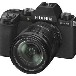 Fujifilm X-S10 + 18-55mm Kit, must