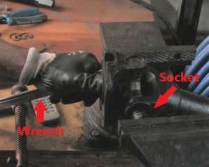 Vise Socket Wrench
