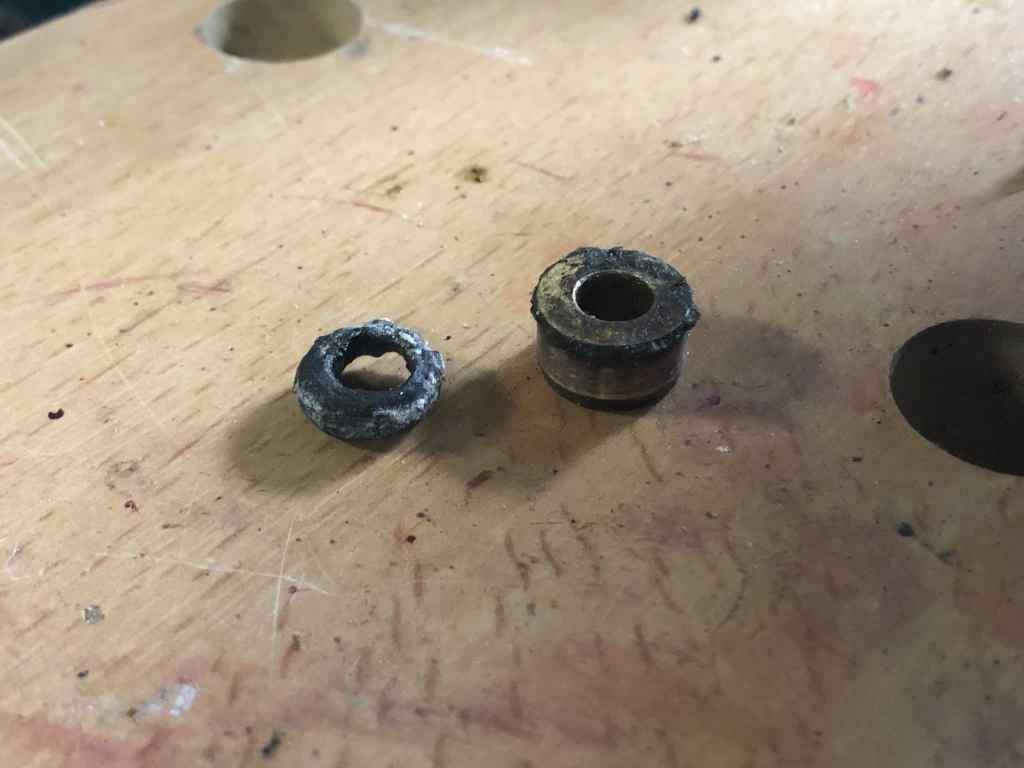 Shift Rod o-ring and Bushing
