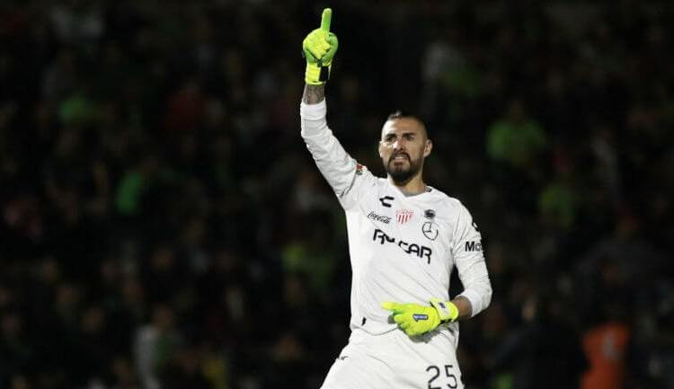 Yosgart Gutiérrez anunció su retiro del Futbol