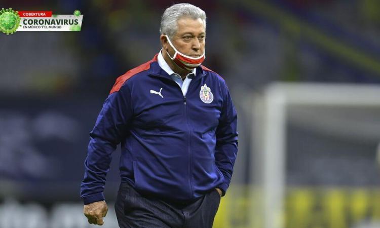 Chivas anunció que Vucetich dio positivo a coronavirus y no estará ante Pumas