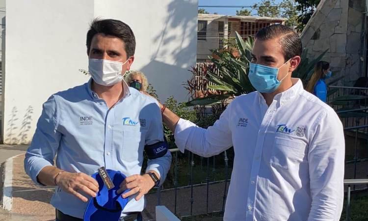 Despiden deportistas a Carlos Fernández