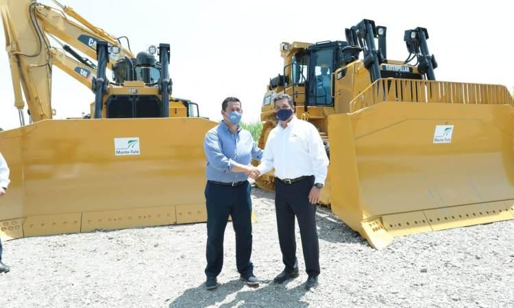 Gobernador Francisco Cabeza de Vaca da banderazo de inicio de construcción de la carretera TAM- Bajío