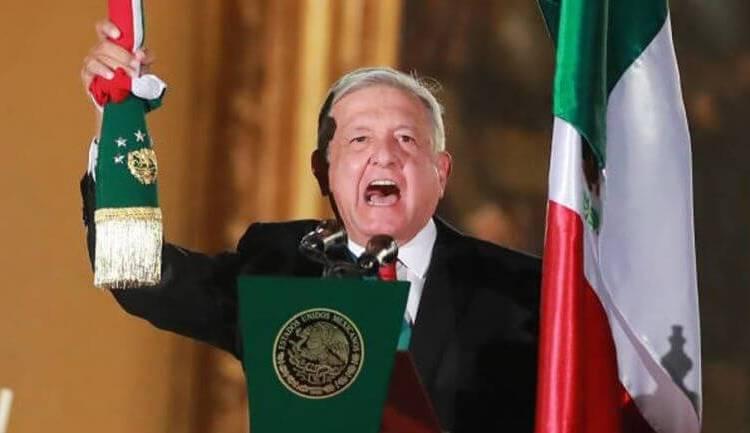 AMLO DIO EL GRITO DE INDEPENDENCIA EN EL ZÓCALO DE LA CIUDAD DE MÉXICO
