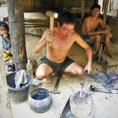 Herrero en Laos