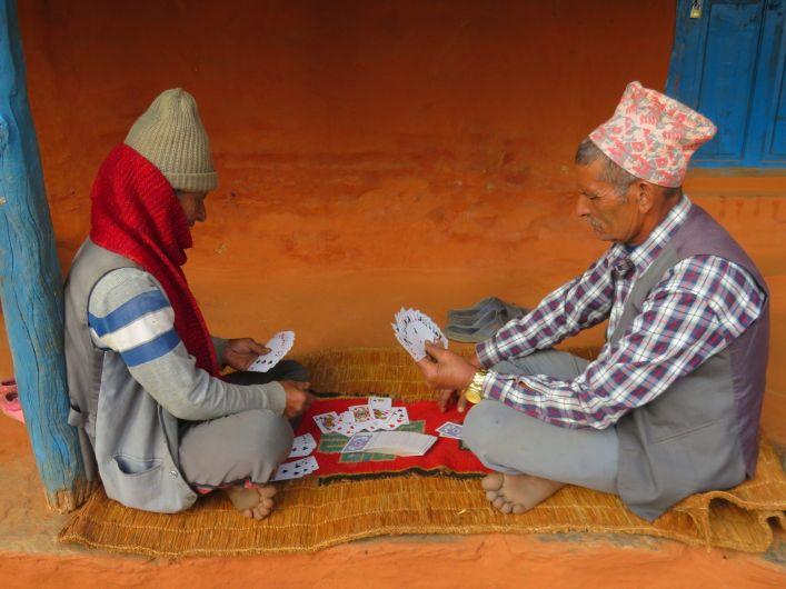 Jugando a las cartas