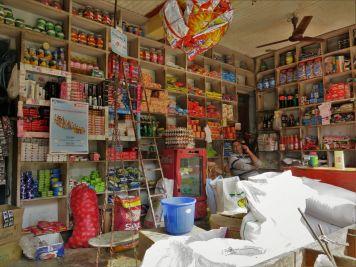 Comercio en Tilahar