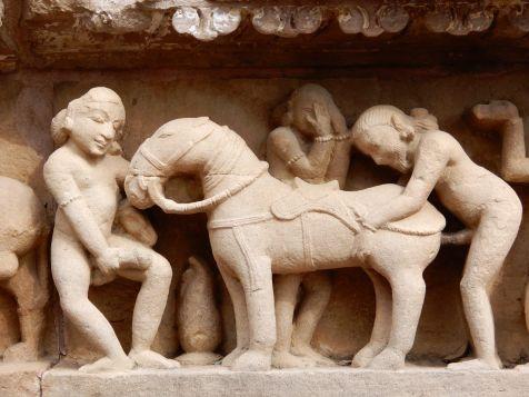 Khajuraho, Western Group, Lakshmana Temple7