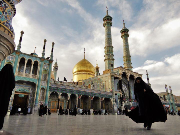 Ambiente en Santuario Fatemeh Maasoume Shrine, Qom, Iran
