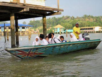 Transporte escolar, Bandar Seri Begawan, Brunéi