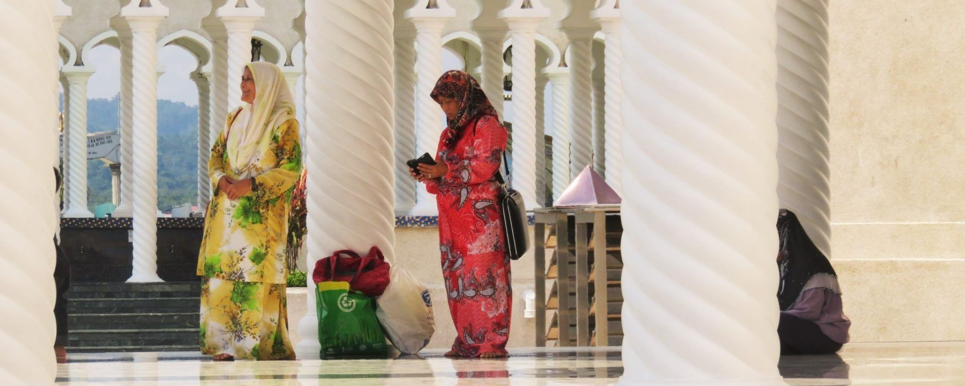 Bandar Seri Begawan, Mezquita del Sultán Omar Ali Saifuddin, Brunei