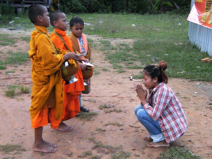 Oración en Camboya