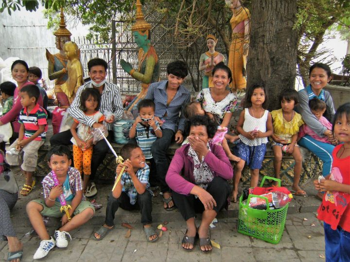 Grupo de gente, Phnom Penh, Camboya