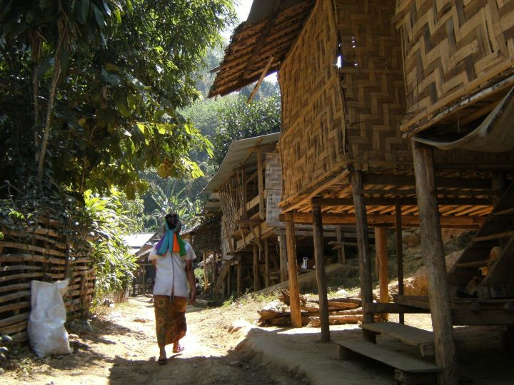Aldea padaung, Karen, Tailandia