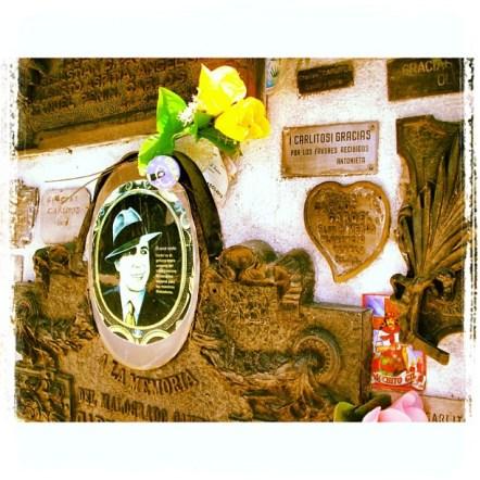 Tumba de Carlos Gardel, Cementerio La Chacarita, Buenos Aires, CF, Argentina. 03/dez/2011